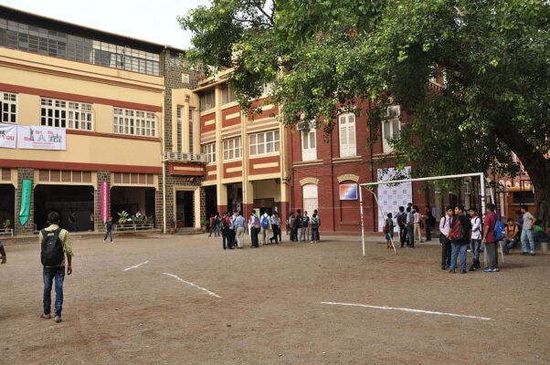 Top 10 Localities Close to the Best Schools in Mumbai